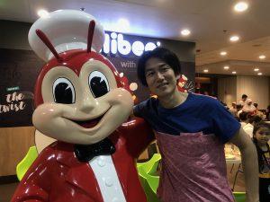 フィリピンのマニラでジョリビーと